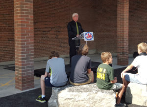 Bob Ward of Auto Guys, Announcing that Elgin Court Public School has a new outdoor classroom, thanks in part to a grant from CAA SCO.